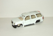 Кадиллак Cadillac Escalade 4x4 2002 Welly 1:43