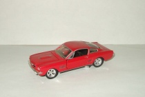 Форд Ford Mustang 1965 Road Champs 1:43