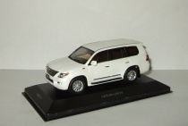 Лексус Lexus LX570 (аналог Toyota Land Cruiser 200) 2009 4x4 Белый IXO VVM 1:43 VVM111